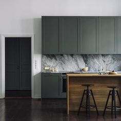 Kitchen interior design modern - Best Shades of Green Wall Paint Interior Trend – Kitchen interior design modern Modern Kitchen Interiors, Interior Modern, Modern Kitchen Design, Interior Design Kitchen, Minimal Kitchen, Marble Interior, Diy Interior, Minimalistic Kitchen, Interior Designing