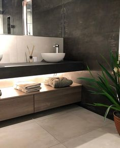It's Saturday and we're back with nordic bathroom inspiration by Looking to update your bathroom? House Design, Laundry Mud Room, Decor Design, Modern Toilet, Bathroom Vanity, Bathroom, Home Design Decor, Bathroom Inspiration, Tile Bathroom