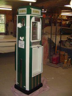 Sinclair Showcase Gas Pump I restored