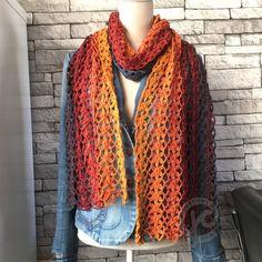 Flower petal crochet for bracelet, headband or scarf! So pretty Lace Scarf, Scarf Hat, Crochet Shawls And Wraps, Crochet Scarves, Filet Crochet, Knit Crochet, Crochet Wrap Pattern, Crochet Videos, Crochet Flowers