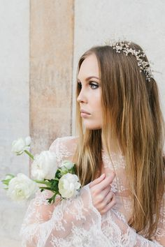 Bridal inspiration. Photo: willowvisuals.com Bridal Hair, Crown, Wedding Dresses, Photography, Inspiration, Fashion, Bride Dresses, Biblical Inspiration, Moda