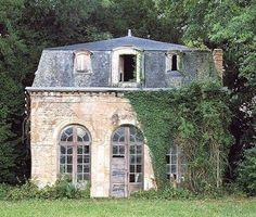 Dream Restoration Project, although having said that I rather like the air of abandonment, I would fix up the doors and windows but I wouldn't spruce it up too much. Make a great conservatory/ garden room. Old Buildings, Abandoned Buildings, Abandoned Places, Beautiful Homes, Beautiful Places, French Cottage, Cottage Pie, French Country, Abandoned Mansions