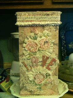 This is a tall Valentine Box....made by priscilla magdaleno...