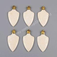 Wholesale Gold Plated Cap Natural Ox Bone Shield Charm Pendant Handmade White Flat Arrowhead Point Making Jewelry Tribal Arrow Pendant JT105 by Druzyworld on Etsy