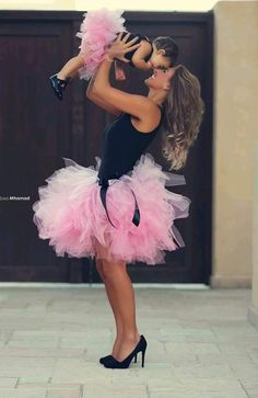 Sexy Fashion Variety Color Mother And Daughter Tulle Skirt Above Knee Ball Gown Family Clothing Mommy And Me Tutu Skirt My Baby Girl, Baby Love, Baby Girls, Mother Daughter Photos, Future Daughter, Mother Daughter Matching Outfits, Mother Daughters, Foto Baby, Mommy And Me