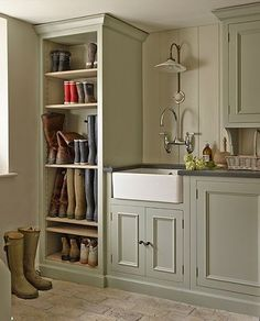 Traditional utility room with painted cupboards for boot storage Boot Room Utility, Utility Room Storage, Boot Storage, Utility Sink, Utility Room Ideas, Utility Room Inspiration, Utility Room Sinks, Utility Room Designs, Utility Cupboard