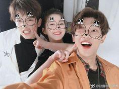 Tᴜ́ ᴇɴ ᴜɴ ɢʀᴜᴘᴏ ᴅᴇ ᴋᴘᴏᴘ ᴍɪxᴛᴏ﹖ Hᴀs ᴠᴇɴɪᴅᴏ ᴀ ʟᴀ ɴᴏᴠᴇʟᴀ ᴄᴏʀʀᴇᴄᴛᴀ ; Korean Boys Ulzzang, Ulzzang Couple, Ulzzang Boy, Boy And Girl Best Friends, Boy Or Girl, 3 Friends, Friends Korean, Boy And Girl Friendship, Korean Couple