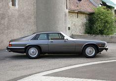 Best classic cars and more! Jaguar Xj40, Jaguar S Type, Jaguar Cars, Automobile, Jaguar Daimler, Bentley Mulsanne, Jaguar Land Rover, Classy Cars, Best Classic Cars