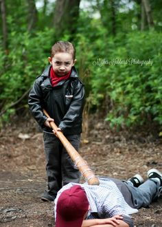 Little kids did a 'Walking Dead' photo shoot and it's everything you'd hope it…