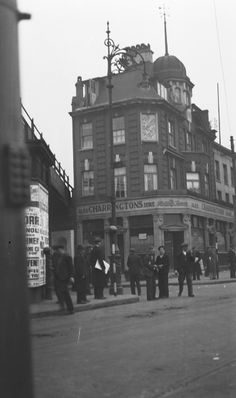 The Railway Tavern - Charlie Brown's - in the West India Dock Road, c 1930 London Museums, London Pubs, London History, British History, Vintage London, Old London, London Docklands, East End London, London Wall