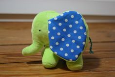Homemade Toys, Doll Toys, Plushies, Diy For Kids, Dinosaur Stuffed Animal, Textiles, Sewing, Knitting, Pattern