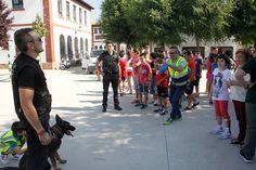 La Crónica del Alto Guadalquivir: Perros policías en el colegio Poeta Molleja de Vil...