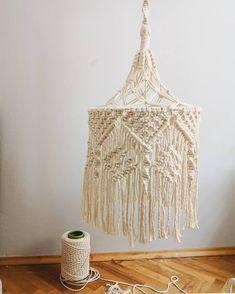 Macrame Hanging Chair, Macrame Curtain, Macrame Plant Hangers, Macrame Supplies, Macrame Projects, Diy Craft Projects, Crafts, Macrame Design, Macrame Art