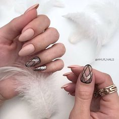 If you keen on cute nail designs, rose gold nail designs are perfect for you. Rose gold nail design is the prettiest manicure that you can ever try. Nude Nails With Glitter, Rose Gold Nails, Matte Nails, Pink Nails, Gold Nail Designs, Almond Nails Designs, Ongles Beiges, Hair And Nails, My Nails