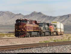 RailPictures.Net Photo: NS 8102 Norfolk Southern GE ES44DC at Arrowhead Jct, California by Matthew Griffin