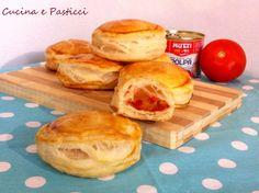 Ingredienti: Pasta sfoglia ...la ricetta è presente nel blog :http://blog.giallozafferano.it/cucinaepasticci/pasta-sfoglia/ Altrimenti potete usare