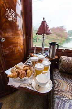 Venice Simplon Orient Express Train: A Luxury Train Journey from London to Venice Train Car, Train Rides, Train Travel, Train Trip, Orient Express Train, Venice Simplon Orient Express, Places To Travel, Travel Destinations, Continental Breakfast