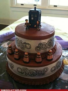 Is 24 too old to have a birthday party? Because a Doctor Who party sounds great.or maybe a doctor who anniversary one Doctor Who Cakes, Doctor Who Party, Doctor Who Wedding, Dalek Cake, Tardis Cake, Dr Who Cake, 10th Doctor, Let Them Eat Cake, Amazing Cakes
