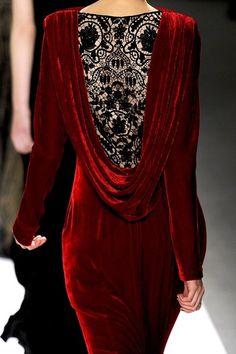 Tadashi Shoji Fall 2012 -- elements inspired by 20s & 30s in that lovely back!