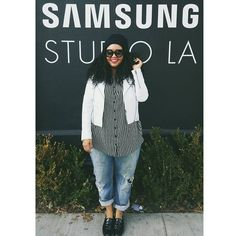 """""""Hanging at Samsung Studio LA! Come by tomorrowfor the chance to get tickets to an exclusive Usher show on New Year's Eve! (I'll be there too ) Rules:…"""""""