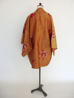 Floating Orchid Haori. Early-mid 20th-century meisen.
