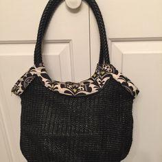 Vera Bradley Black & Yellow Handbag Lovely Vera Bradley hobo style bag. Like new. Vera Bradley Bags Hobos