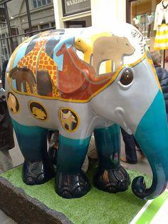 'Noah' - Elephant Parade in London, England 2010;  photo by julesd_g6, via Flickr