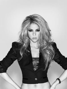 Shakira.... fitness and hair motivation                         She is beautiful