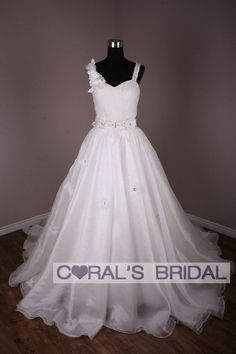 Coral's Bridal:wedding dresses, bridesmaid dresses, prom dresses online store $480