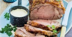 Rare roast beef with three-mustard sauce Rare Roast Beef, Recipe Search, Main Meals, Baking Recipes, Delicious Desserts, Mustard, Pork, Dishes, Easter 2015