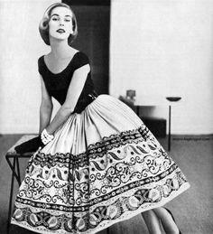 big skirt, big vintage...