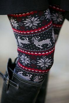 Adorable winter leggings!! Huge want!