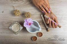 Classic Nails, Measuring Spoons, News