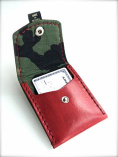 Red Camo-lined Leather Pocket Wallet – XKv Fine Goods