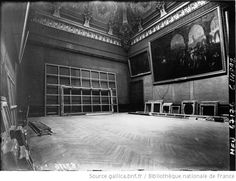 An emptied Louvre