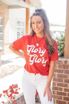 This soft, comfy and pre shrunk tee will be your new favorite. Perfect for game day and everyday. Show off your love for the classic city. ****One of our Top Sellers :::::::::::::::::::::::::::::::::::::::::::::::::::::::::::::::: THE T-SHIRT: Georgia Bulldogs Shirt, Georgia Shirt, Kids Football Shirts, Athens Georgia, Mommy And Me Shirt, American Apparel, Vintage Fashion, T Shirts For Women, Fall