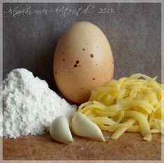 ...konyhán innen - kerten túl...: Fokhagymás röszti Eggs, Breakfast, Recipes, Food, Morning Coffee, Essen, Egg, Meals, Eten