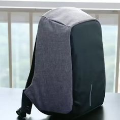City Travel Deluxe Backpack - ⭐⭐⭐⭐⭐ Tailored, with a modern, urban aesthetic, the City Travel Deluxe Backpack allows you to organize, protect and carry your laptop and other daily staples easily London Travel Guide, Backpacking For Beginners, Style Masculin, Tactical Backpack, Diy Backpack, Laptop Backpack, Urban Aesthetic, Things To Buy, Stuff To Buy