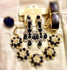 Beautiful accessories to enhance any simple outfit for a wow effect  !