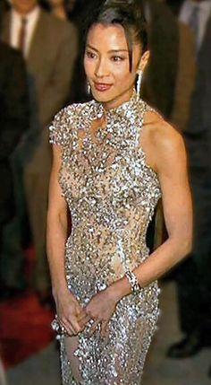 gold Gold Dress #2dayslook #sasssjane #sunayildirim #GoldDress www.2dayslook.com