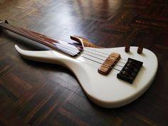 Custom Bass Guitar, Custom Electric Guitars, Guitar Art, Guitar Chords, Custom Guitars, Cool Guitar, I Love Bass, Double Bass, Guitar Collection