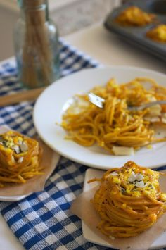 Three Cheese Spaghetti Nests by familyfreshcooking via dailycandy: Sometimes pasta night just needs a new presentation. A worthy candidate: These simple, cheesy spaghetti nests made with whole-wheat pasta and a sprinkling of turmeric. Spaghetti Nester, Pasta Recipes, Cooking Recipes, Cooking Ideas, Great Recipes, Favorite Recipes, Delicious Recipes, Muffin Tin Recipes, Muffin Tins