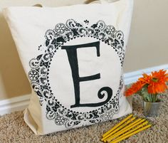 Doily bag. Would be nice to do this on a cushion or a pillow case. :)