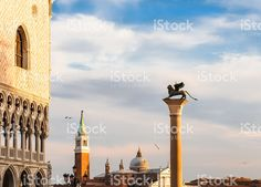 sunset lights over Venice foto stock royalty-free Photos For Sale, Stock Photos, Free Stock Video, Cn Tower, Venice, Taj Mahal, Romantic, Lights, Sunset