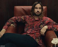 Kevin Parker of gives insight into the dynamics of what started out as just a home solo project and is now one of the biggest names in music today. Get the full story on our cover star in the latest issue of Mag. Tame Impala Concert, Kevin Parker, Most Popular Music, Iconic Photos, Alternative Music, Attractive People, King Queen, Latest Issue, Photoshoot