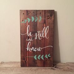 Be still and know wood sign reclaimed pallet sign home décor bible verse . Wood Pallet Signs, Wood Pallets, Wood Signs, Bible Verse Decor, Scripture Art, Bible Verses, Pallet Projects Signs, Art Projects, Lunch Boxe