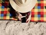 3 Clever Ways to Carry Cash and Essentials at the Beach orPool
