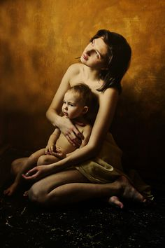 I am trying to determine what type of processing this photographer uses to get a her images looking like old master paintings from the early Renaissance era Cool Pictures, Cool Photos, Renaissance Era, I Dont Like You, Mother And Child, Mother Mother, Photoshop Cs5, Great Shots, Old Master