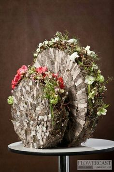Wonderful florals in wood slices...