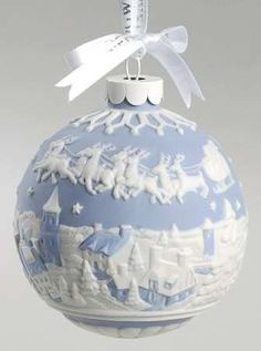 I love Wedgwood ornaments. Imagine an entire tree of these!